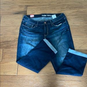 Size 16 modern slim cuff  Levi